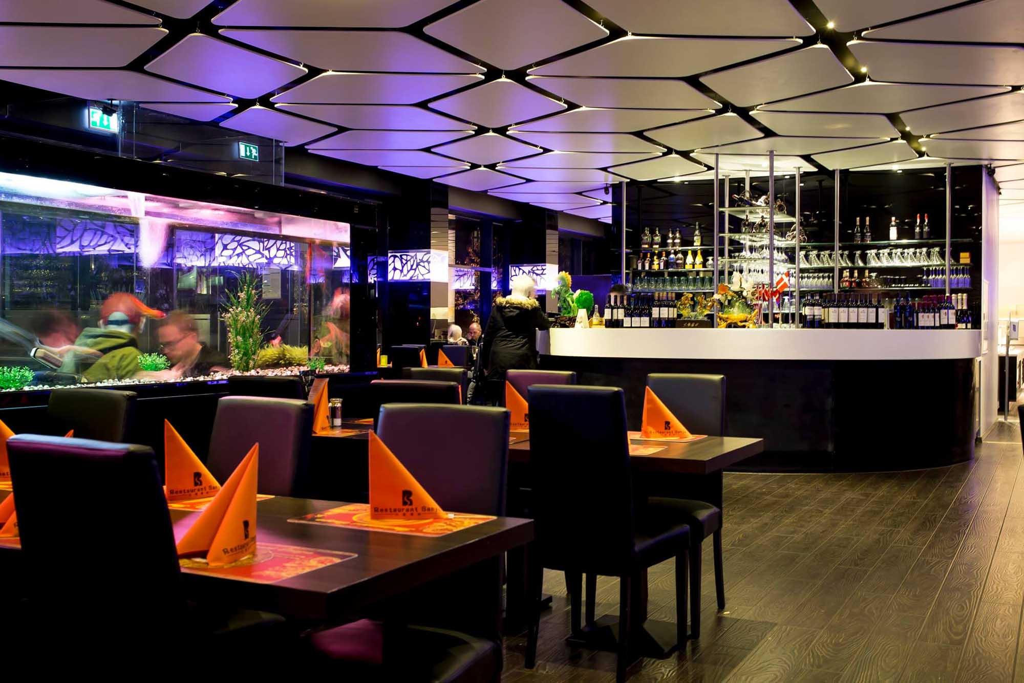 Restaurant Sanya - inden for